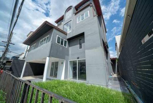 ขายบ้าน โครงการทาวอินทาวน์ ขายขาดทุน เจ้าของขายเอง 4 ชั้น 79 ตรว. ทำเลโครตดี